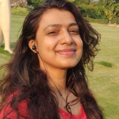 Mayuri Deshmukh as Prof. Malini Tripathi