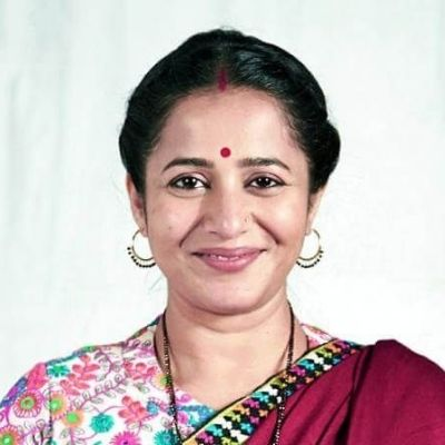 Ritu Chaudhary as Aparna Tripathi