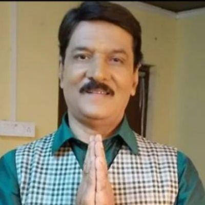 Vijay Kumar as Satyakam