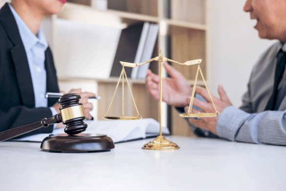 5 Factors That Should Influence Your Decision Of Choosing A Law Firm